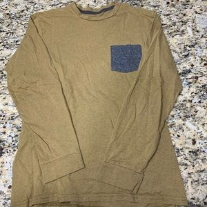 VGUC long sleeve Volcom shirt Size Medium  0076M